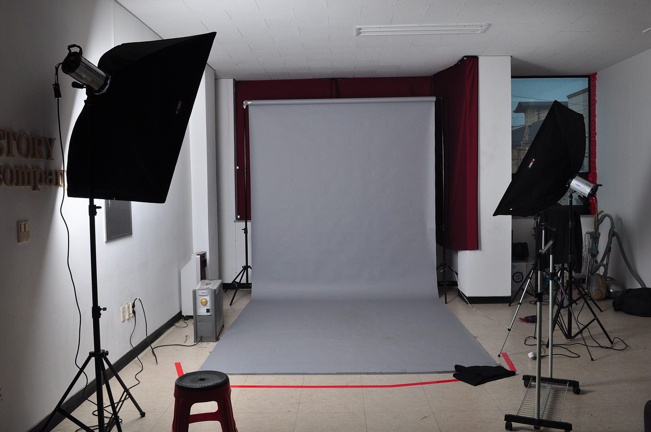 Backdrop-Stands2