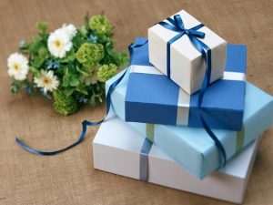 Christmas-Gifts-for-60-Year-Old-Woman.