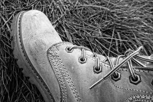 boot-with-laces