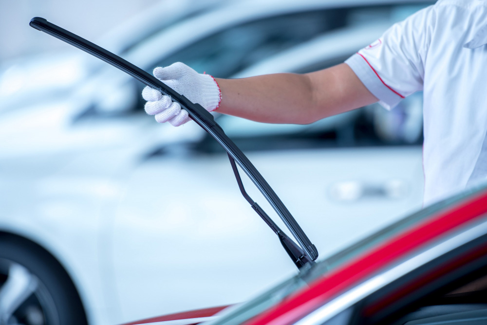 how do you change a wiper blade